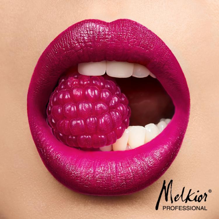 Pour la Saint-Valentin portez le maquillage qui vous aide à vous sentir aimée!