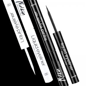 Savez-vous comment appliquer correctement l'eyeliner liquide?